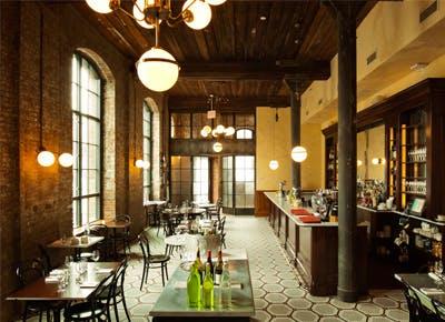 Adult-friendly restaurants in Williamsburg