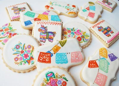 Watercolor-painted cookies have arrived