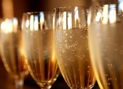 4 Stylish Ways to Sip Champagne