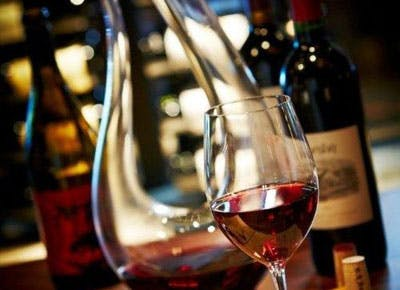 3 Services That Deliver Wine to Your Doorstep