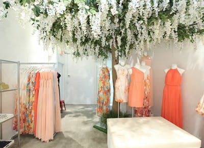 Dressbarns Pop-Up Dressbar Is Worth a Look