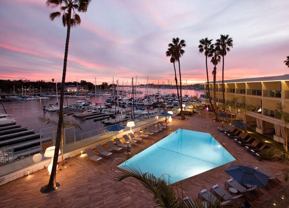 waterfront hotels marina del rey