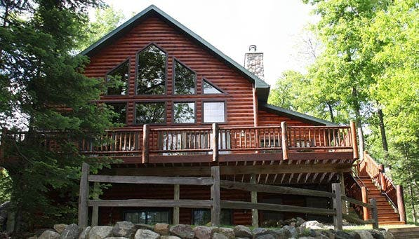 Chicago Summer Rentals Lodge