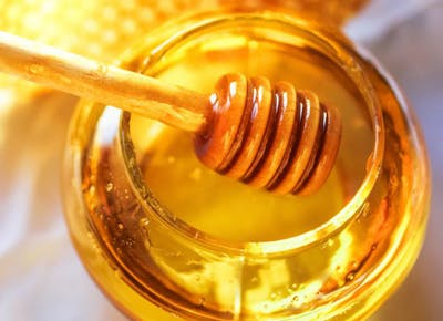 Can Local Honey Help Fight Seasonal Allergies?