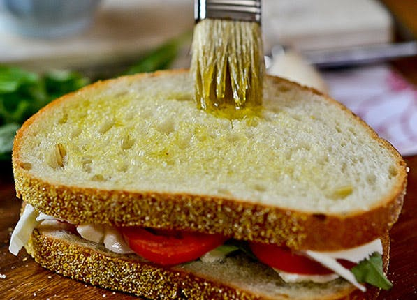 sandwich olive oil