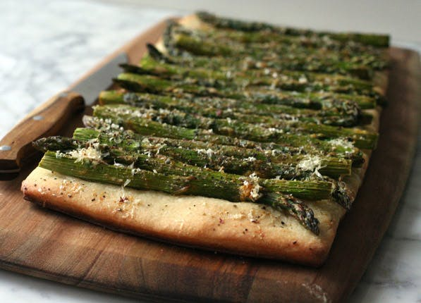 pizza dough asparagus flatbread