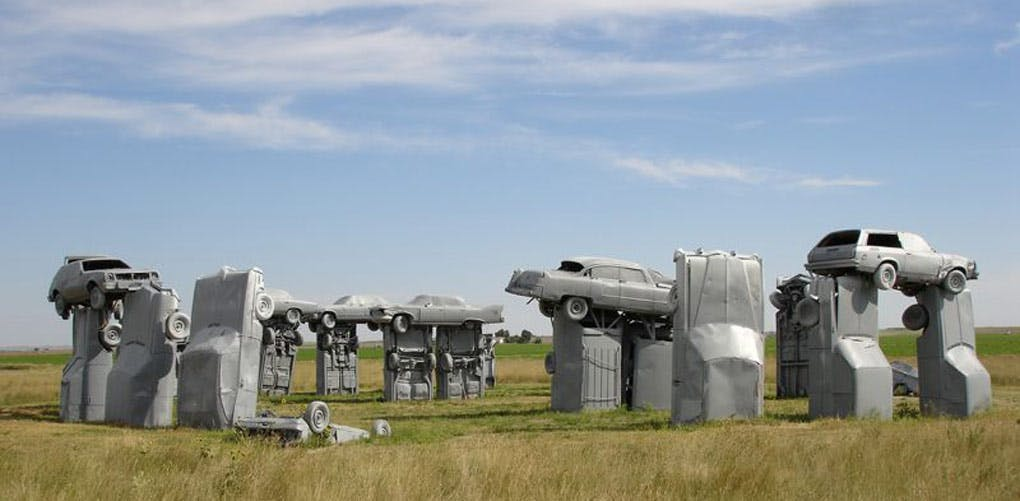 weird roadside attractions carhenge