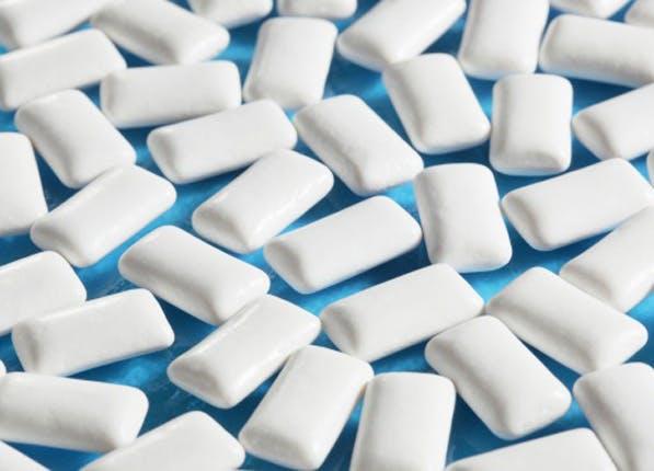 white teeth gum