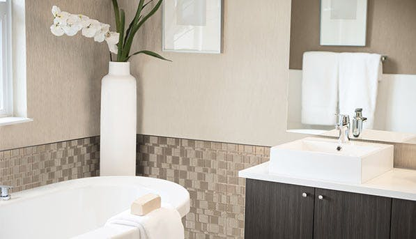 How To Upgrade An Ugly Bathroom Without Spending Much