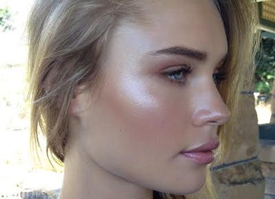 Forget Contouring, Strobing Is Way Easier