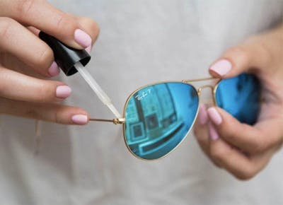 An Easy Trick for Tightening Your Sunglasses
