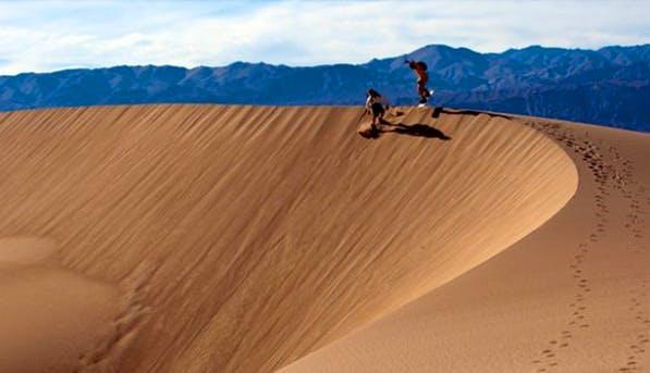 Death Valley Sandboarding 597x343