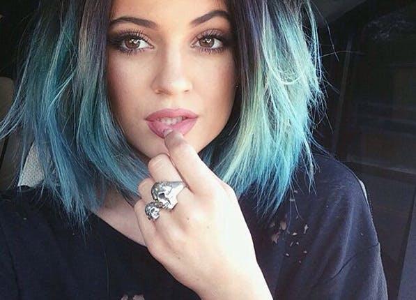 Stylist blue