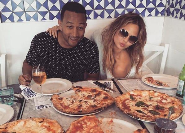 chrissy pizza