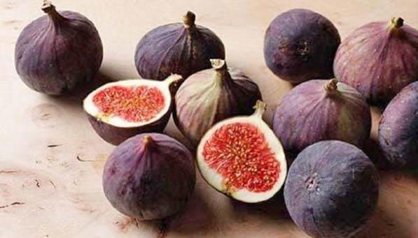 ripe fruit figs