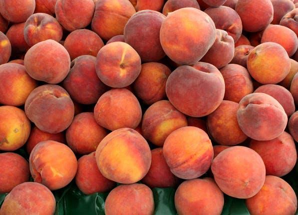 ripe fruit peaches