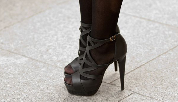Can I Wear Tights with Open-Toed Shoes