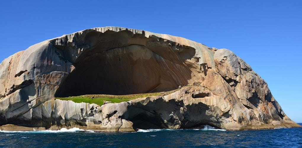 australia cleft island
