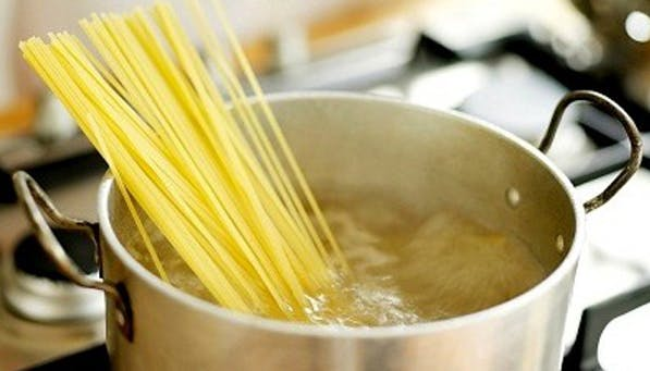 cooking myths pasta pot