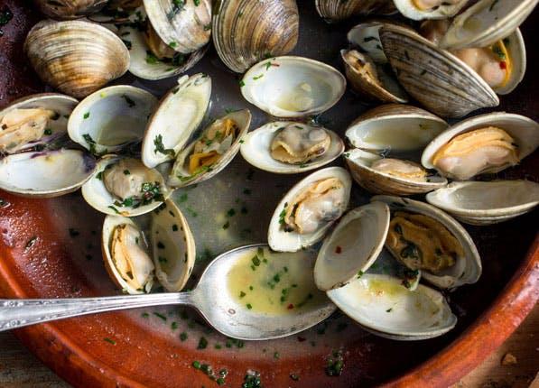 happy food clams
