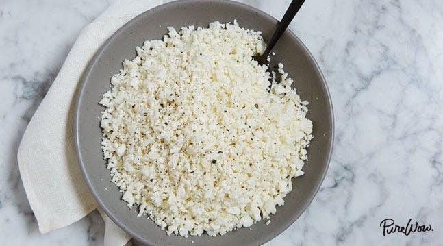 10 minute cauliflower rice recipe purewow