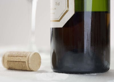 Heres How to Re-Cork a Bottle of Wine (Like a Genius)