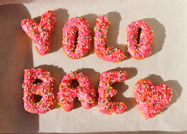 Donuts Yolo 597x430