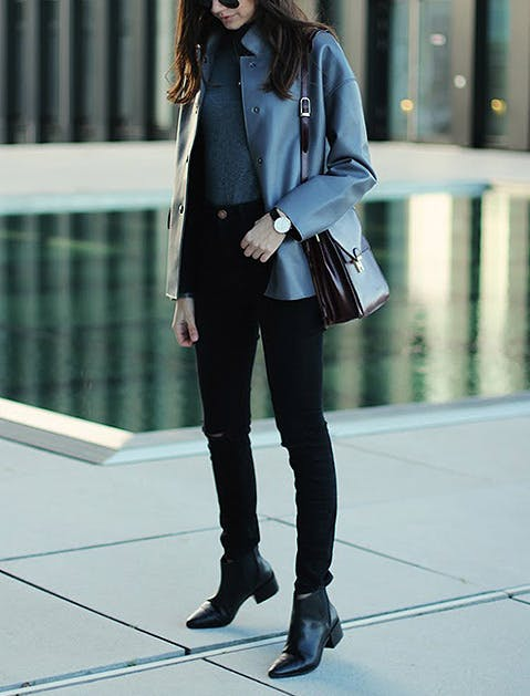 This technique ideally requires you to don skinny or straight cut jeans (with no excess bulking around the ankle) and then pair that with ankle boots with heels or western-style ankle boots. The added height of heeled boots offsets the tomboyish look of slouchier straight-cut jeans.
