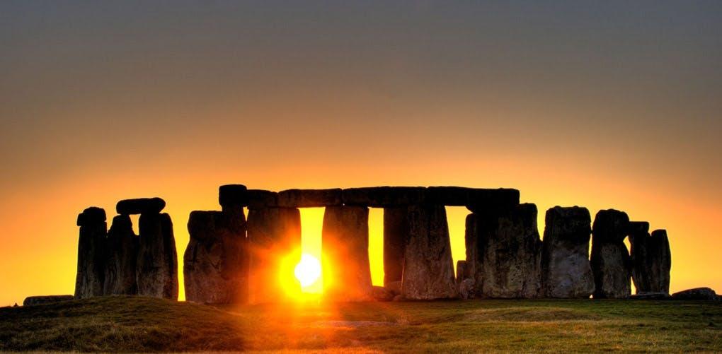 sunset stonehenge