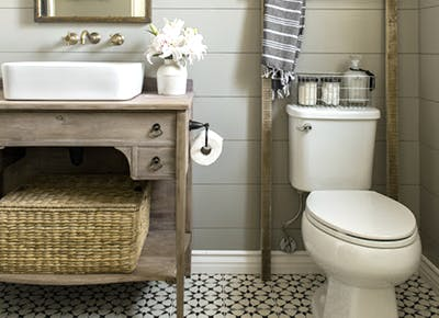 The Easiest, Non-Gross Way to Unclog a Toilet