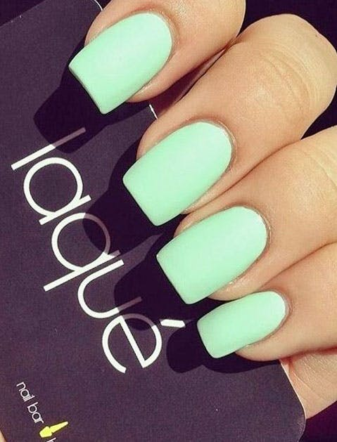 Lacque Nails green 479x629
