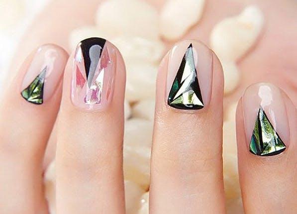 Nails Major 597x430