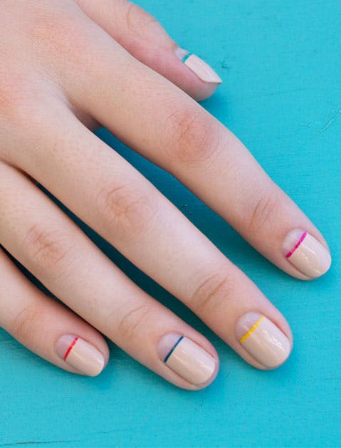 Stripe Nails 479x629