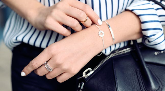 The Best Trick for Clasping a Bracelet by Yourself