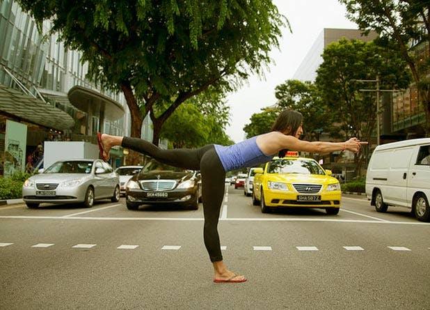 Yoga 618x445