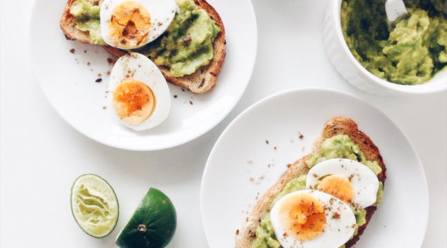 Guess What? Eating Breakfast Actually Doesnt Lead to Weight Loss