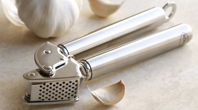Whoa, Theres a Much Better Way to Use a Garlic Press