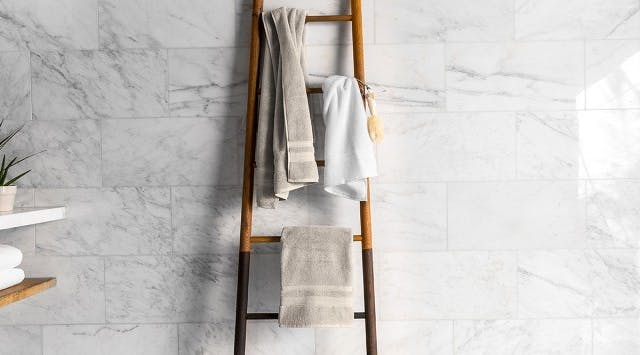7 Ways to Keep Your Towels Fresher Longer