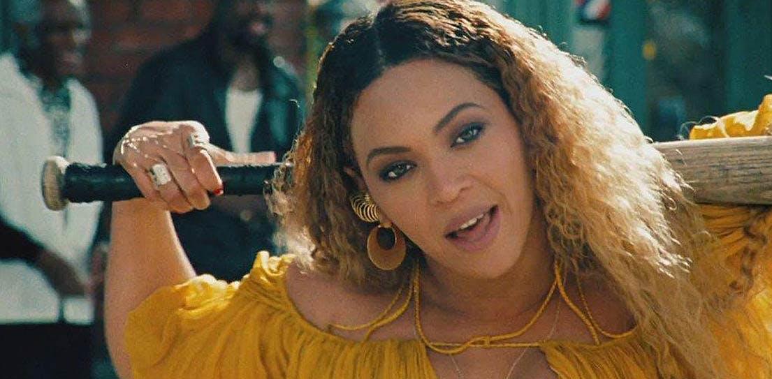 Beyonce 1105x543