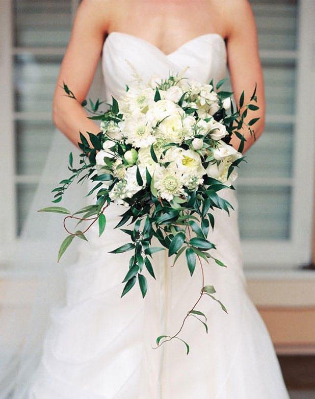 WeddingFlowersCascading