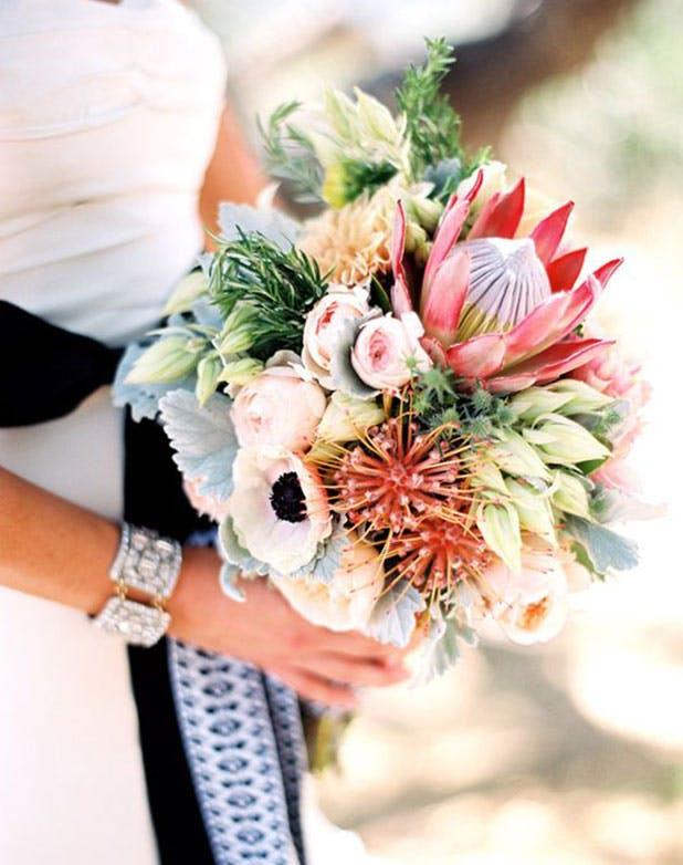 wedding flower trends 2016   bridal bouquet ideas - purewow