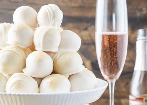 boozy desserts champagneballs