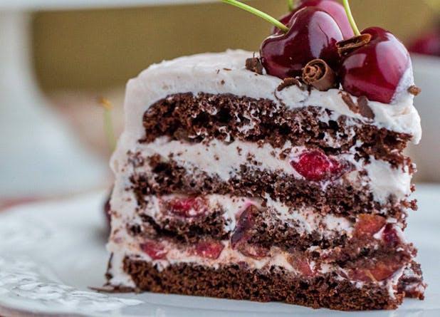 boozy desserts cherry cake