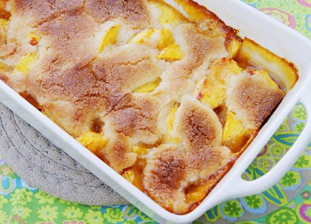 boozy desserts peachcobbler