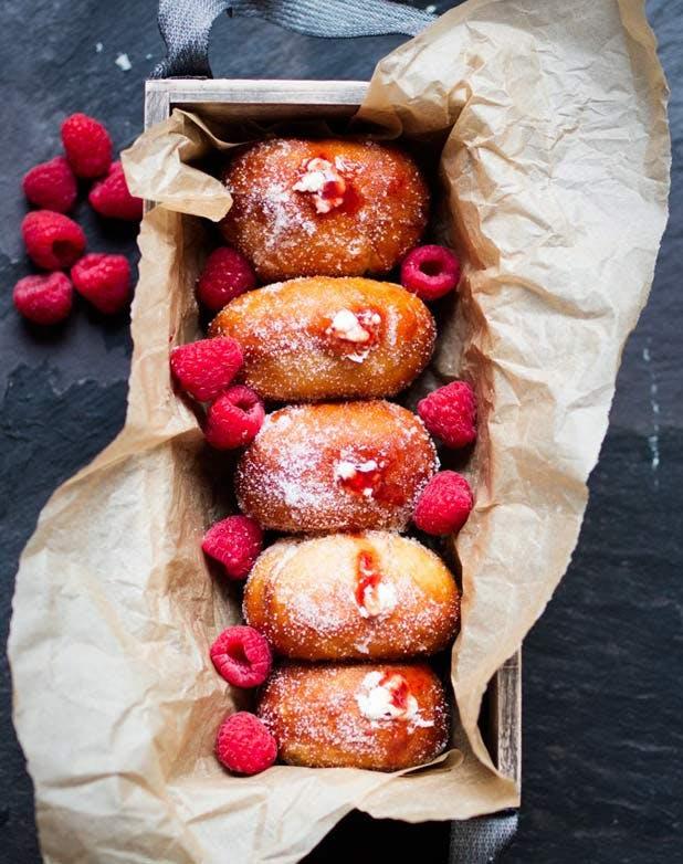 doughnuts raspberry