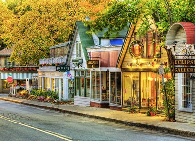 Friendliest Towns In America Best Small Towns Purewow