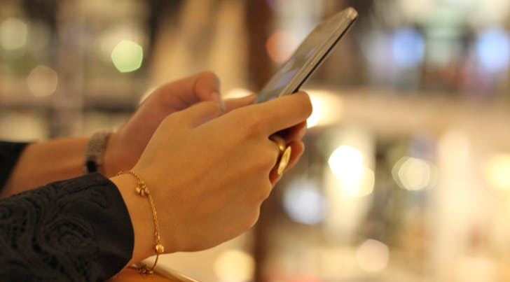 The Incredibly Simple Way to Forward a Text from Your iPhone