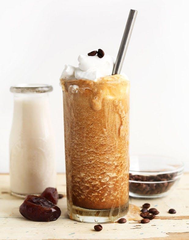 iced coffee caramel frapp