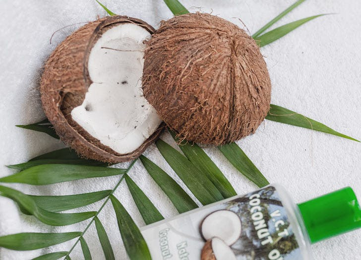 makeup coconut