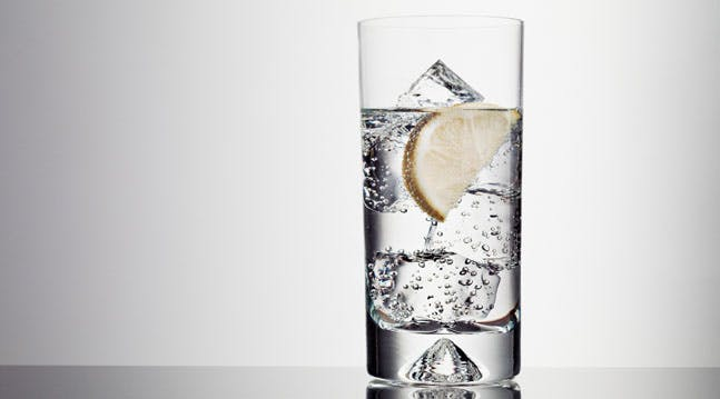 Real Talk: Is Seltzer Bad for You?